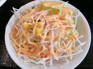台湾料理豊源麺飯セットのサラダ