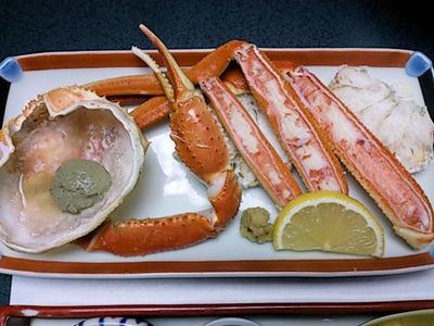ホテル金波楼かに会席茹蟹半匹と蟹味噌