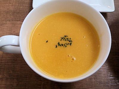 欧風カレー小夢カボチャと生姜のスープ