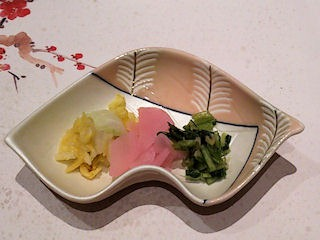 湯めぐりの宿松の家花泉季節会席香物三種盛り