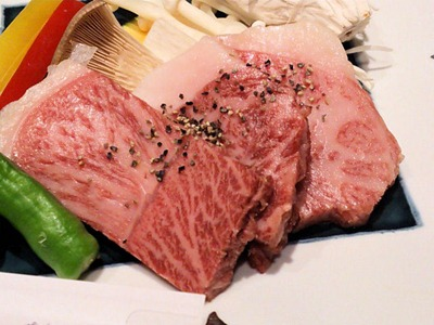 湯めぐりの宿松の家花泉季節会席黒毛和牛ステーキ
