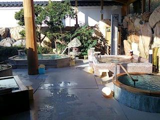 湯めぐりの宿 松の家 花泉露天風呂花くらべ
