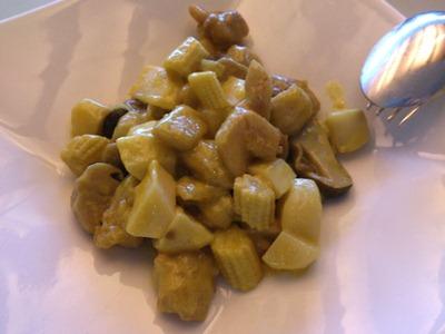 中国レストラン海螢ランチオーダーバイキング鶏肉のカレー炒め