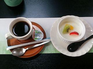 大黒天健康と美容の為の3月の昼会席コーヒーとデザート