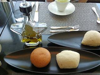 ダイニング&バー キーウエスト/マリーコースのパン