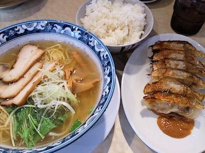 餃子屋七星/姫路フォーラス前店C定食