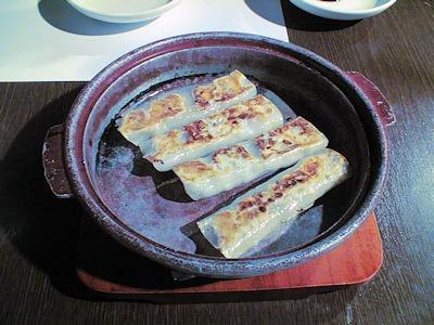 紅虎餃子坊鉄鍋棒餃子