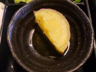 志方亭志方亭御膳のサツマイモ煮