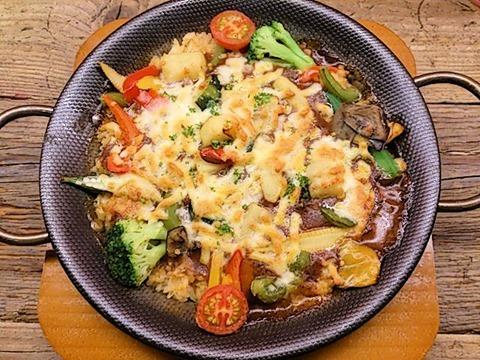 マドリード野菜たっぷりの焼きカレーのパエリア