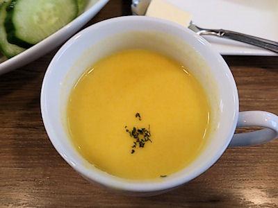 欧風カレー小夢(チャイム)野菜カレーのスープ