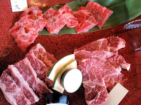 焼肉志方亭特選神戸ビーフロースと和牛上志方ハラミと和牛特上志方サガリ