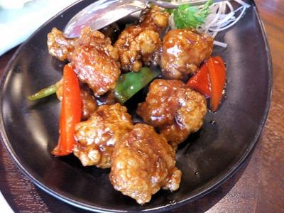 海鮮中華厨房 張家/黒酢の酢豚
