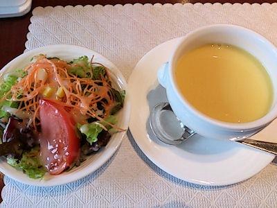 カジュアルダイニング『リヴィエール』日替りランチのサラダとスープ