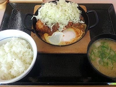 かつやカレー鍋定食