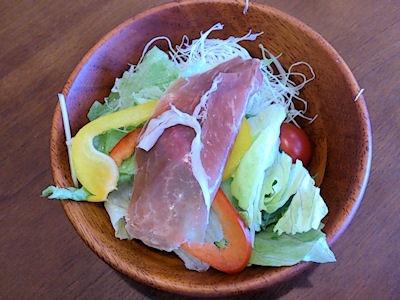どんぶり ざえもんハンバーグ定食のサラダ