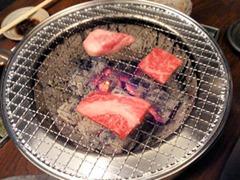 炭火焼肉ごえ門/極上三種盛りの特撰ロース