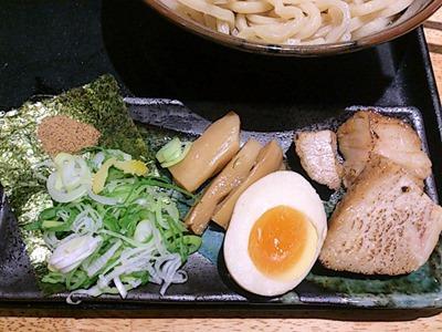 つけ麺・らーめん春樹超濃厚魚介とんこつつけ麺