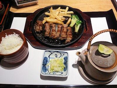 がんこ加古川店ステーキ定食と松茸土瓶蒸し