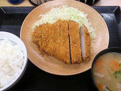 かつや東加古川店ロースカツ定食年末感謝祭