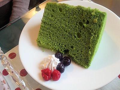 紅茶専門店テジャルダン抹茶のシフォンケーキ