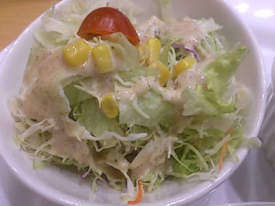 ソラナキッチンカレープレートのサラダ