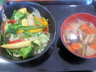吉野家ベジ丼とけんちん汁