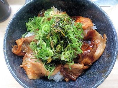 くら寿司イベリコ豚丼