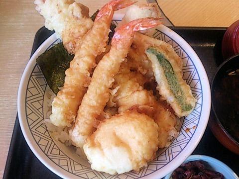 和食さとちく玉海老天丼