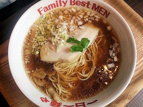 一日一麺や淡麗魚醤ラー麺