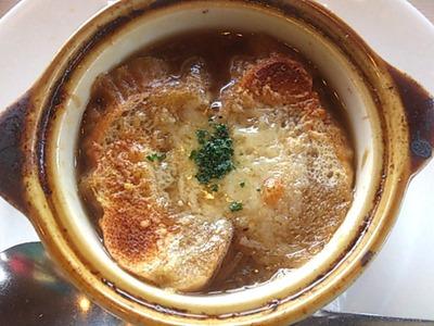 ロイヤルホストオニオングラタンスープ
