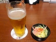 播州鉄板串焼き中々生ビールとつきだし