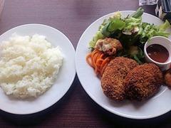 肉食酒場GYUTAミックス定食