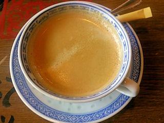 広東餃子房ドリンクバーのコーヒー