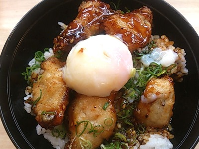 くら寿司すしやのふぐから揚げ丼
