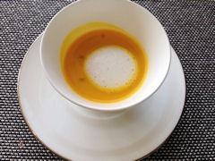 ダイニング&バー キーウエストマリーコースカボチャのスープ