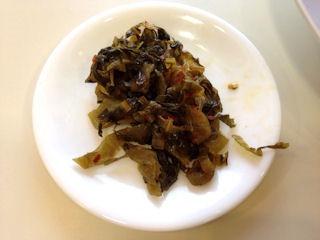 本格博多豚骨ラーメンとん龍の食べ放題の高菜