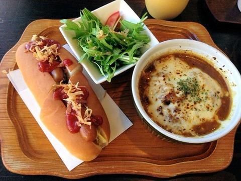 淡路島カレー/朝食セットC(カレーホットドッグ)