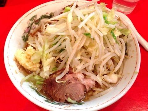 ラーメン二郎ラーメン普通盛(小)(麺少な目)