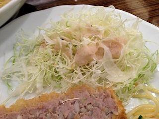 新宿アカシア豚ミンチカツとロールキャベツシチュー