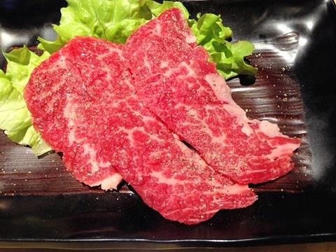 焼肉まねきや創作焼肉上赤身肉ガーリックバター醤油
