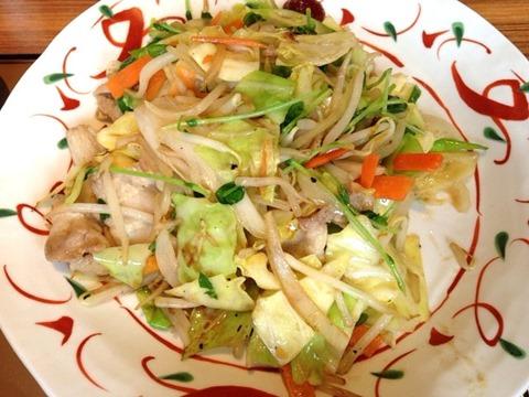 やよい軒たっぷり野菜の肉野菜炒め定食