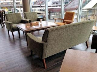 Comodo Cafe & Diningの店内