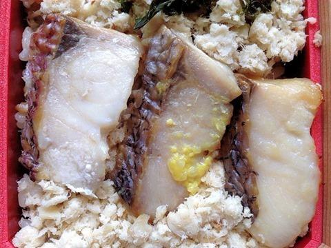 神戸淡路屋春の鯛めし弁当