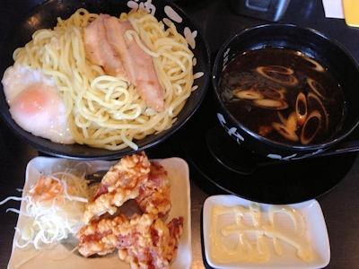 神戸ちぇりー亭純情なつけ麺とからあげ