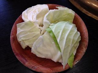 焼肉鈴特選黒毛和牛上セットのサラダ