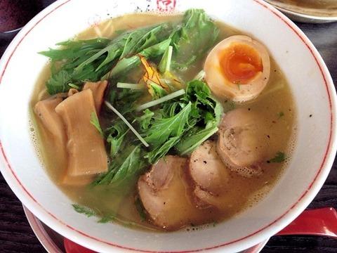 京都熟成細麺らぁ~めん京鶏しおらぁ~めん