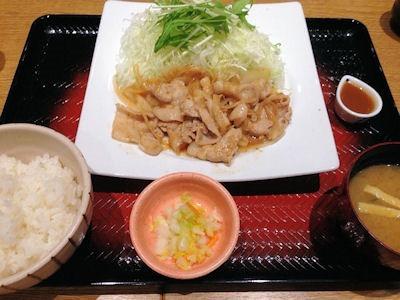 大戸屋ごはん処四元豚の生姜焼き定食