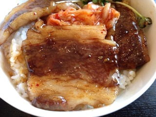 加古川たこ焼古賀流焼肉丼