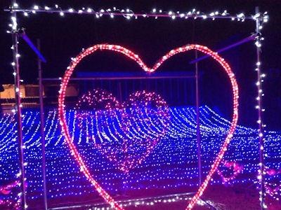 たかさご万灯祭2016結びの灯り」の大きなハート