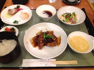 姫路・山陽百貨店東天紅華定食
